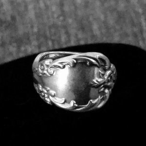 Vintage Original Rogers Silverplate Spoon Ring 8